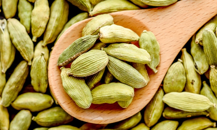 Healthy Indian spices - Cardamom